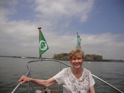 """OIYC Burgee makes it to """"The Lady""""!"""