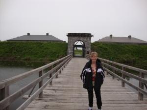 Vicki does Fort Lennox