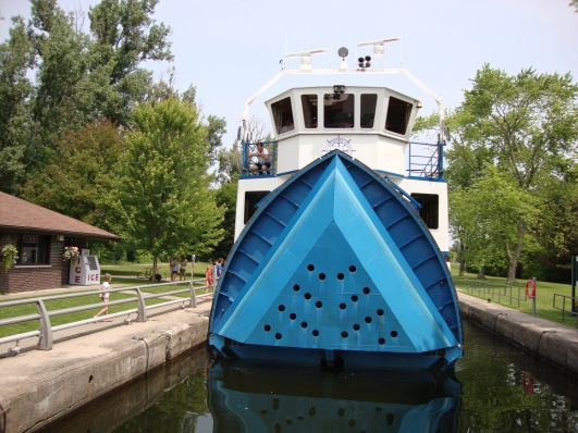 Tour Boat with the folding bow at Ashburnham Lock 20