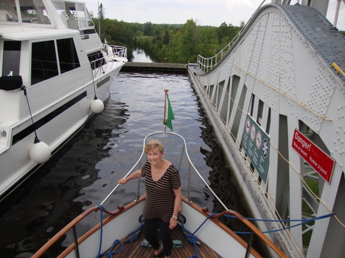 Vicki Dawn not minding being able to tie the lines off and relax in a lock.