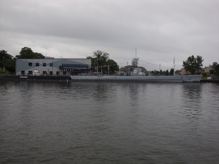 We were surprised to see a submarine on the great lakes.  This one a museum piece.