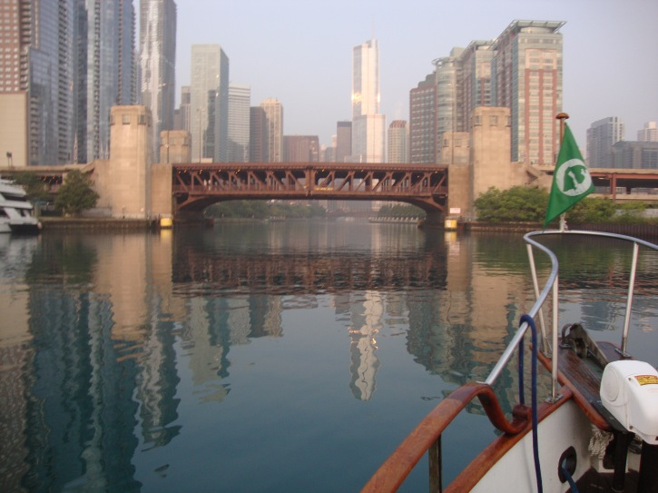 Lake Shore Bridge crossing the Chicago River