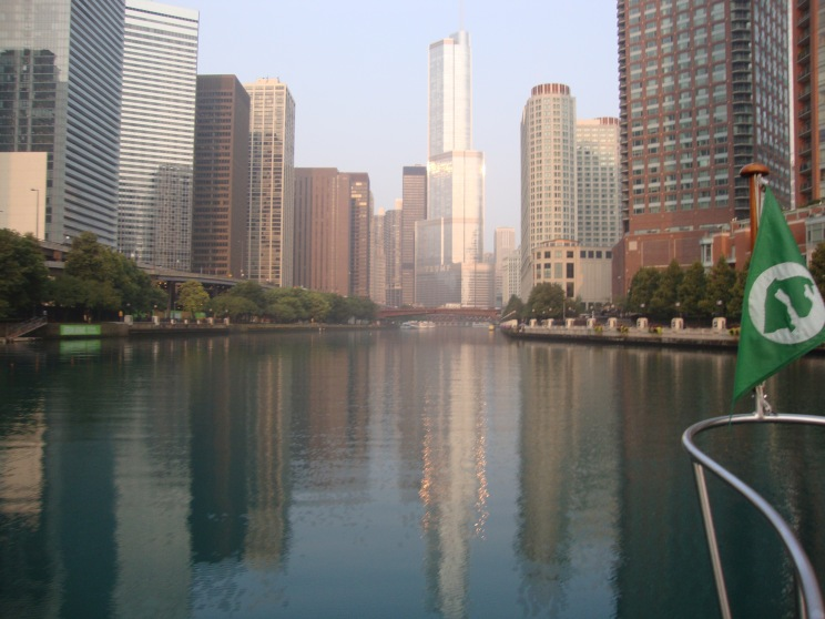 Chicago River through downtown Chicago