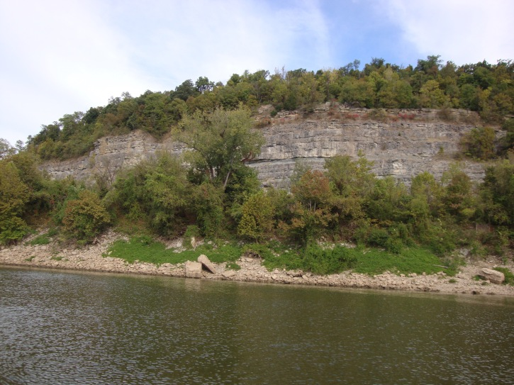 Making our way up the Cumberland River.
