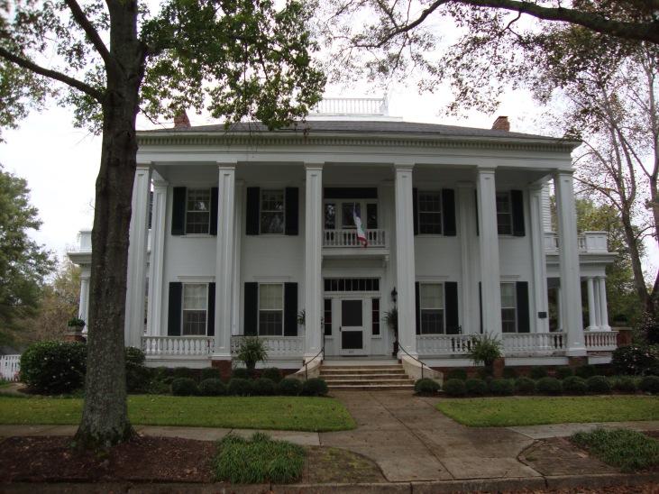 Antebellum Mansions in Columbus, Alabama